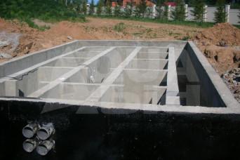 Строительство большого бетонного биофильтра